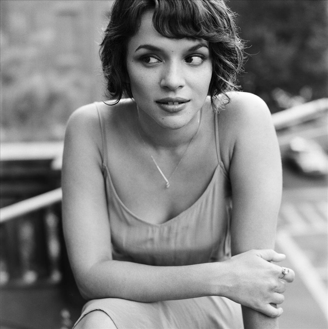 Norah Jones Radio: Listen to Free Music & Get The Latest ...