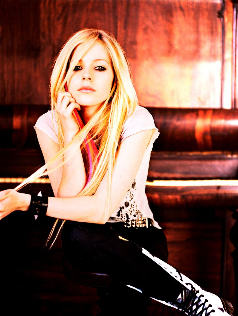 Listen Free to Avril Lavigne - SpongeBob SquarePants Theme
