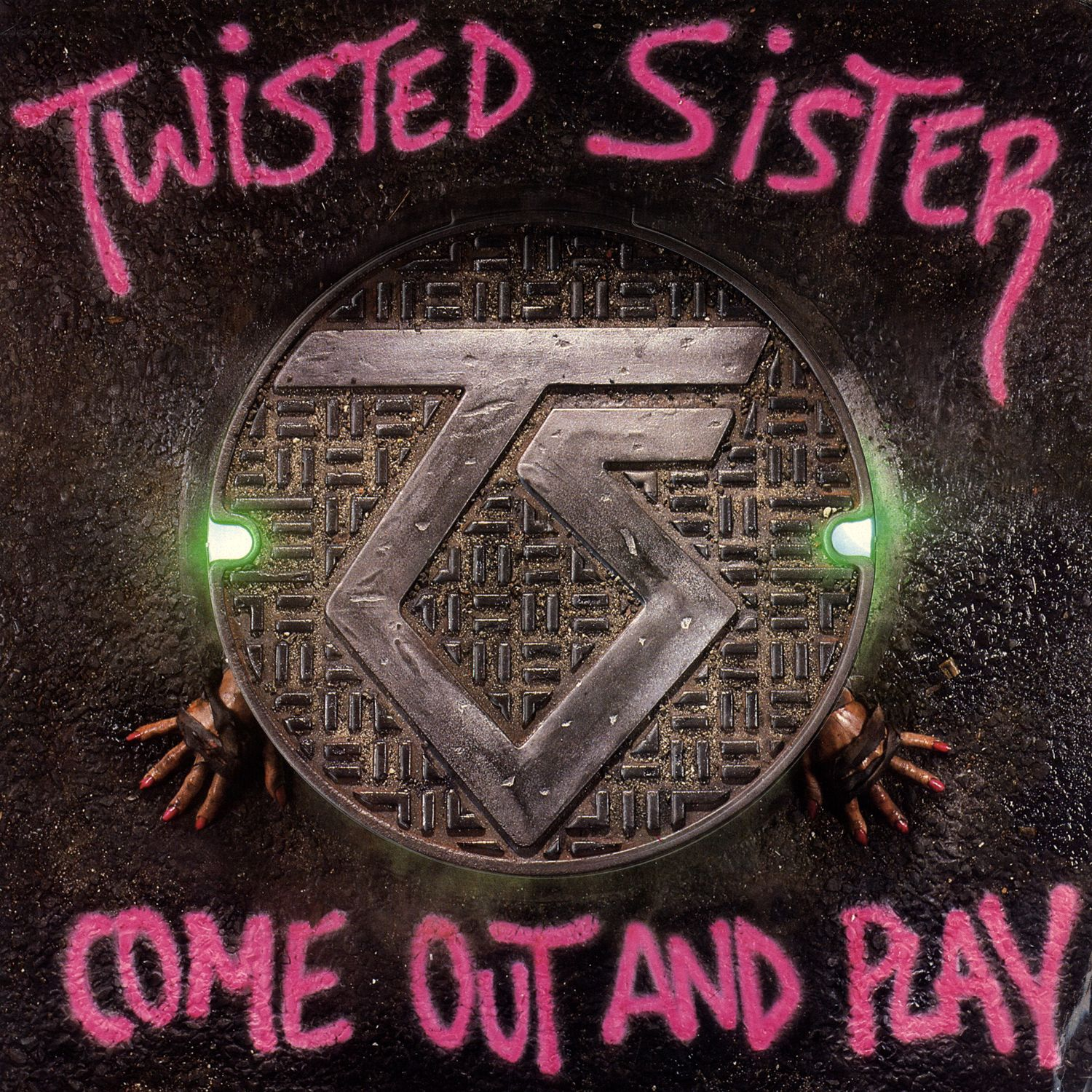 Listen Free To Twisted Sister